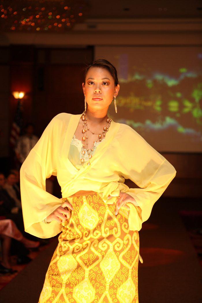Batik anggun11
