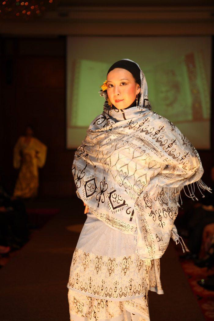Batik anggun2