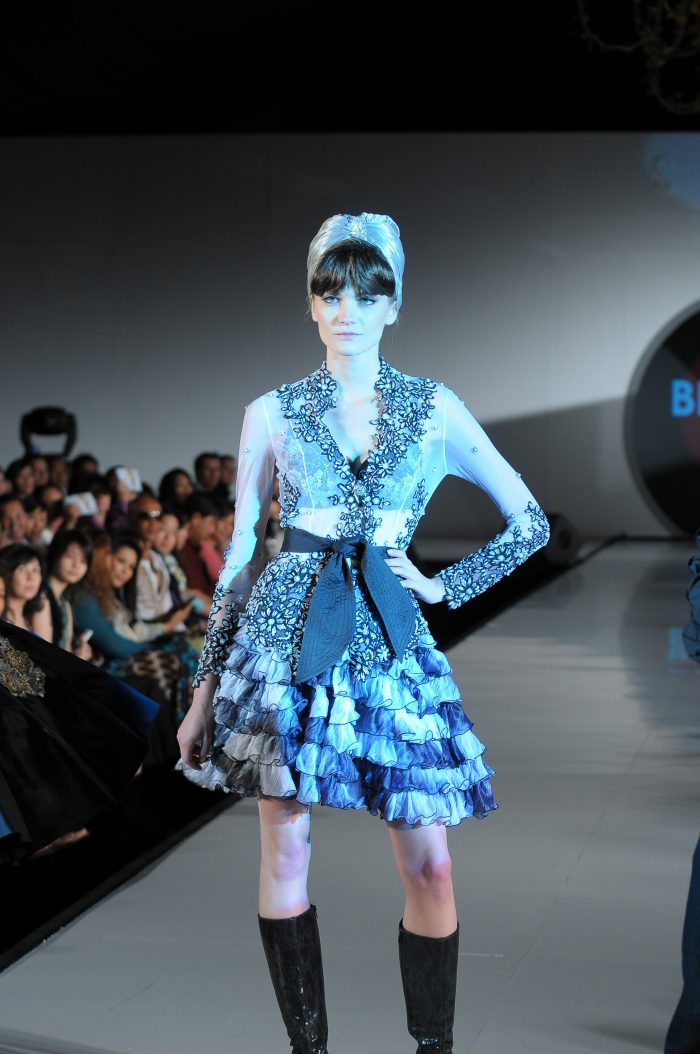 Bill Keith ~ turn the traditional Kebaya to Contemporary style ... 3d3af9eda6