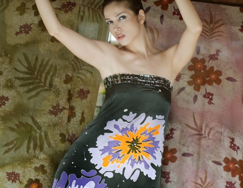 Textile Designer – MYBATIK MAGAZINE 2b25f38e8a